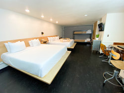 Studio Kitchenette with 2 King Beds + Bunkbed (No Pets)