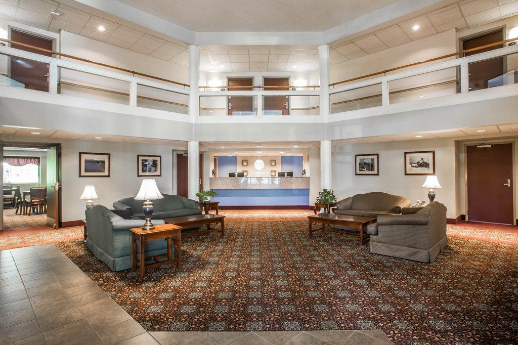 hotel in montpelier vt comfort inn suites at maplewood rh comfortinnmontpelier com hotels in montpelier va hotels in montpelier vt area