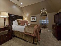 Vintage Suites