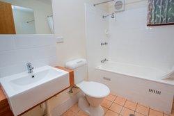 Cottage 1 Bathroom with full bath