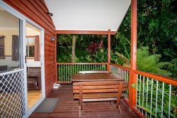 Gumnut Hideaway - outdoor seating