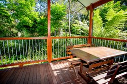Gumnut Hideaway - outdoor deck