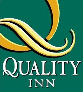 Quality Inn Phoenix Airport Logo