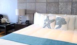 Starfish King Bed