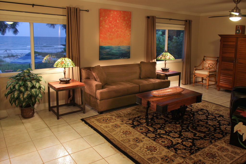 Oceanfront 2 Bedroom 1 King18