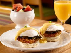 Lowcountry Eggs Benedict