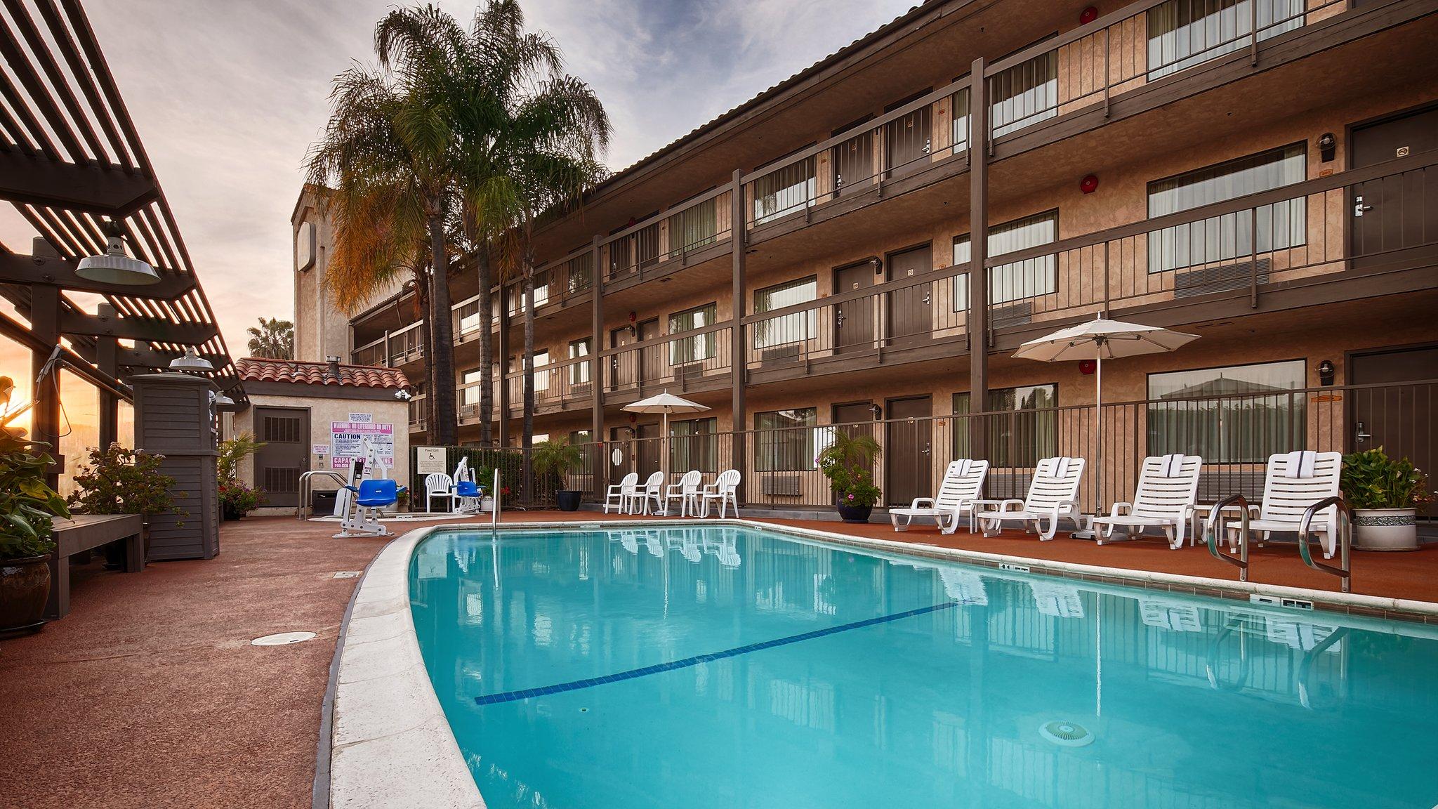 Hotel in Rowland Heights CA | Best Western Plus Executive Inn