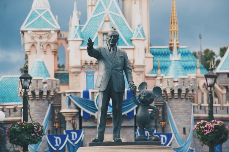 Hotel Near Disneyland Anaheim Ca Holiday Inn La Mirada