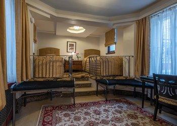 chapel room in quebec city le manoir d auteuil