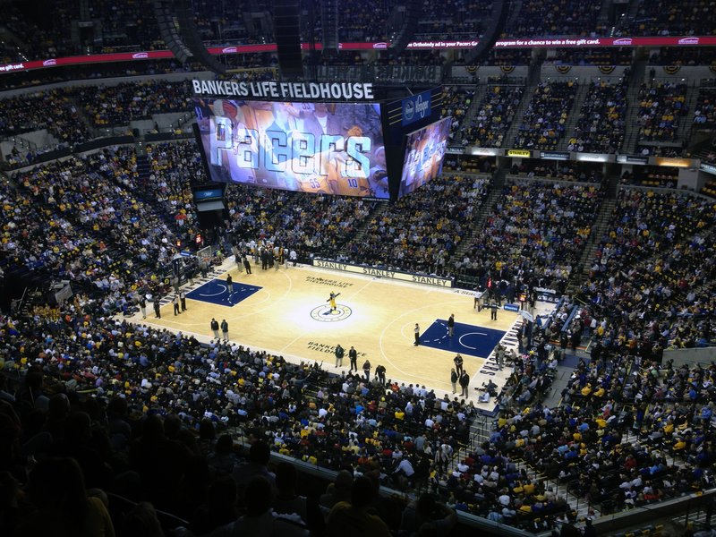 Hotel Near Bankers Life Fieldhouse Crowne Plaza Indianapolis