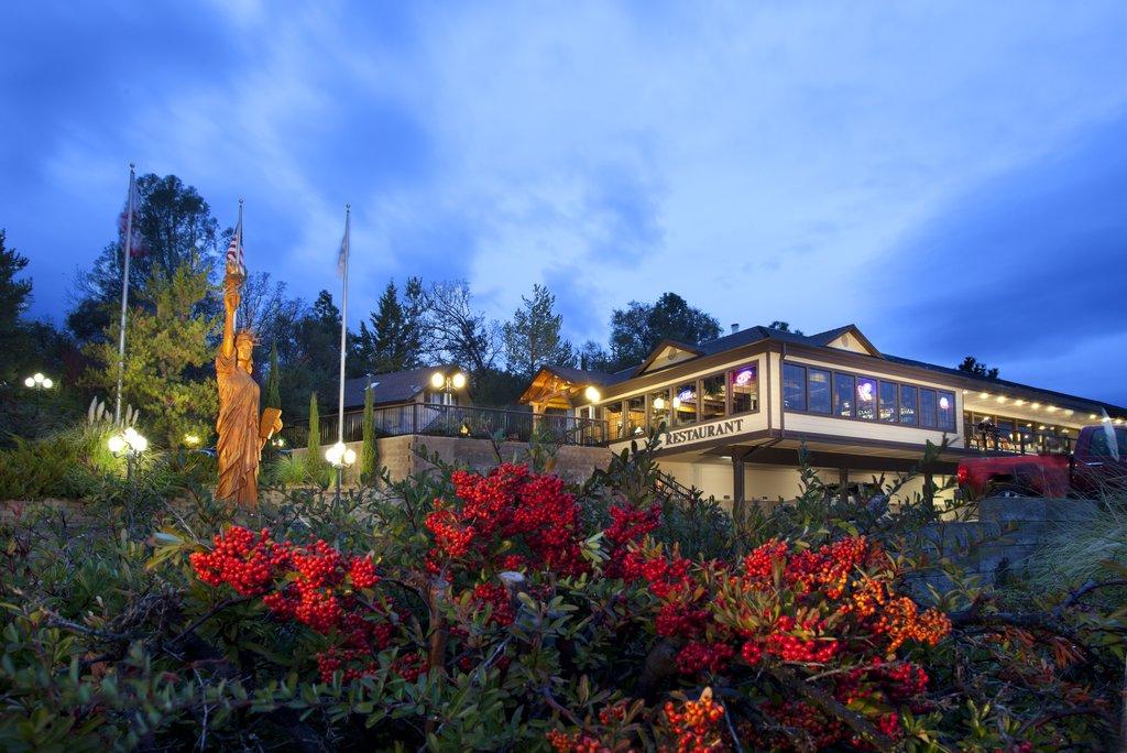 Hotel In Oakhurst Ca Best Western Plus Yosemite Gateway Inn