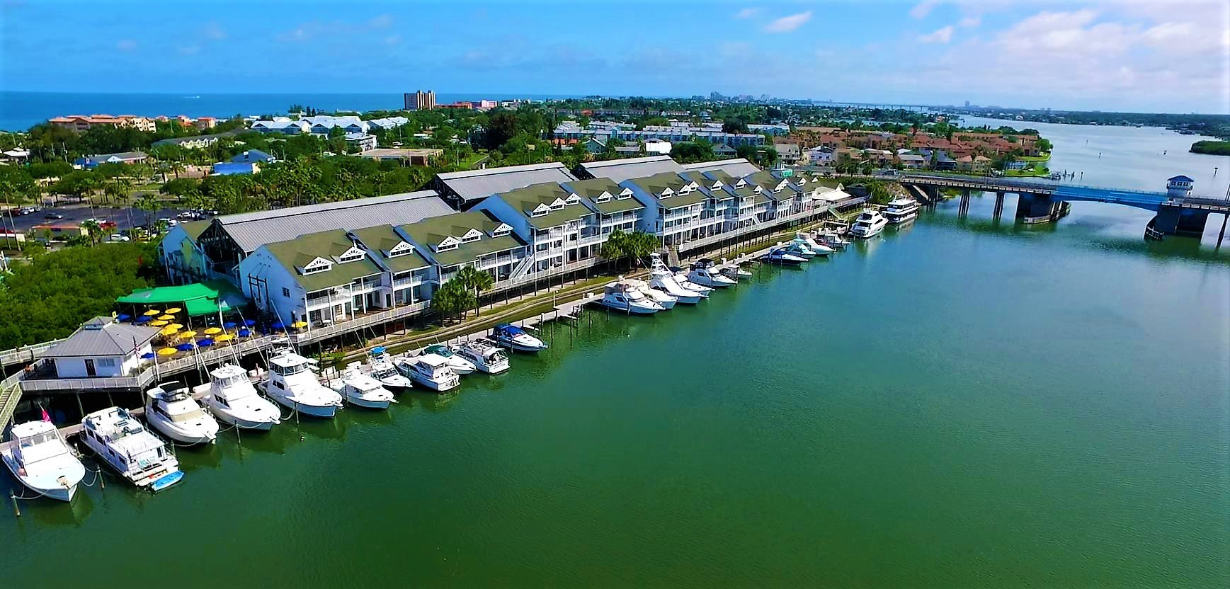 Hotel in Indian Rocks Beach FL | Holiday Inn S-Harbourside