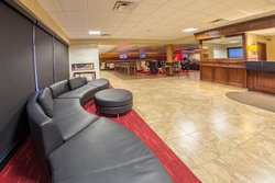 Hotel Photo Gallery | Holiday Inn Des Moines Airport