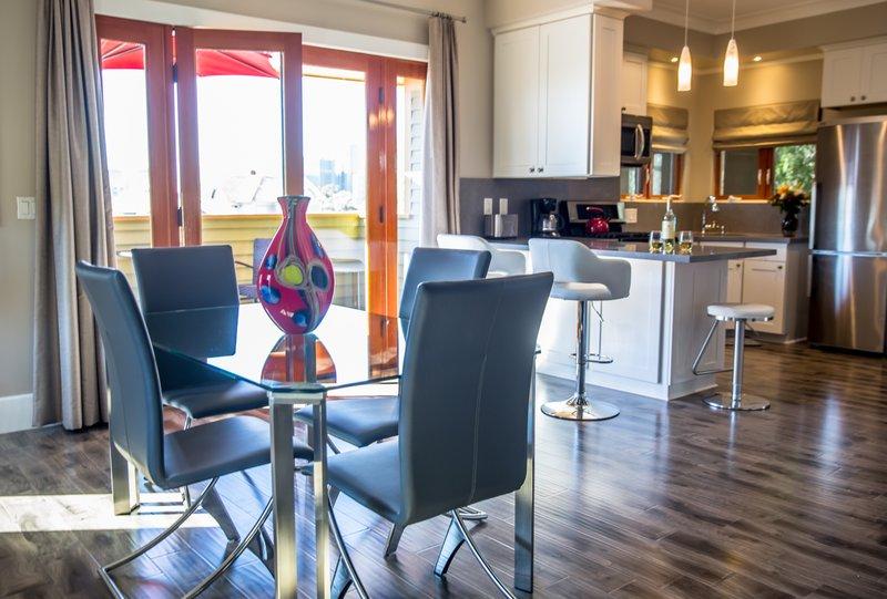 Cool Hotel Suites In San Diego Ca Parc Suites San Diego Download Free Architecture Designs Jebrpmadebymaigaardcom