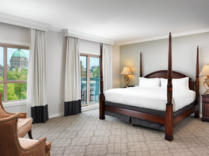 Premier Suite Bedroom