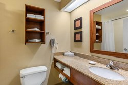2 Double Beds Washroom