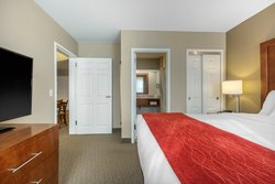 Executive King Suite Bedroom