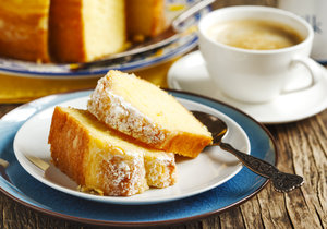 coffee and cake snacks