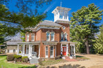 Pinehill Inn Bed & Breakfast